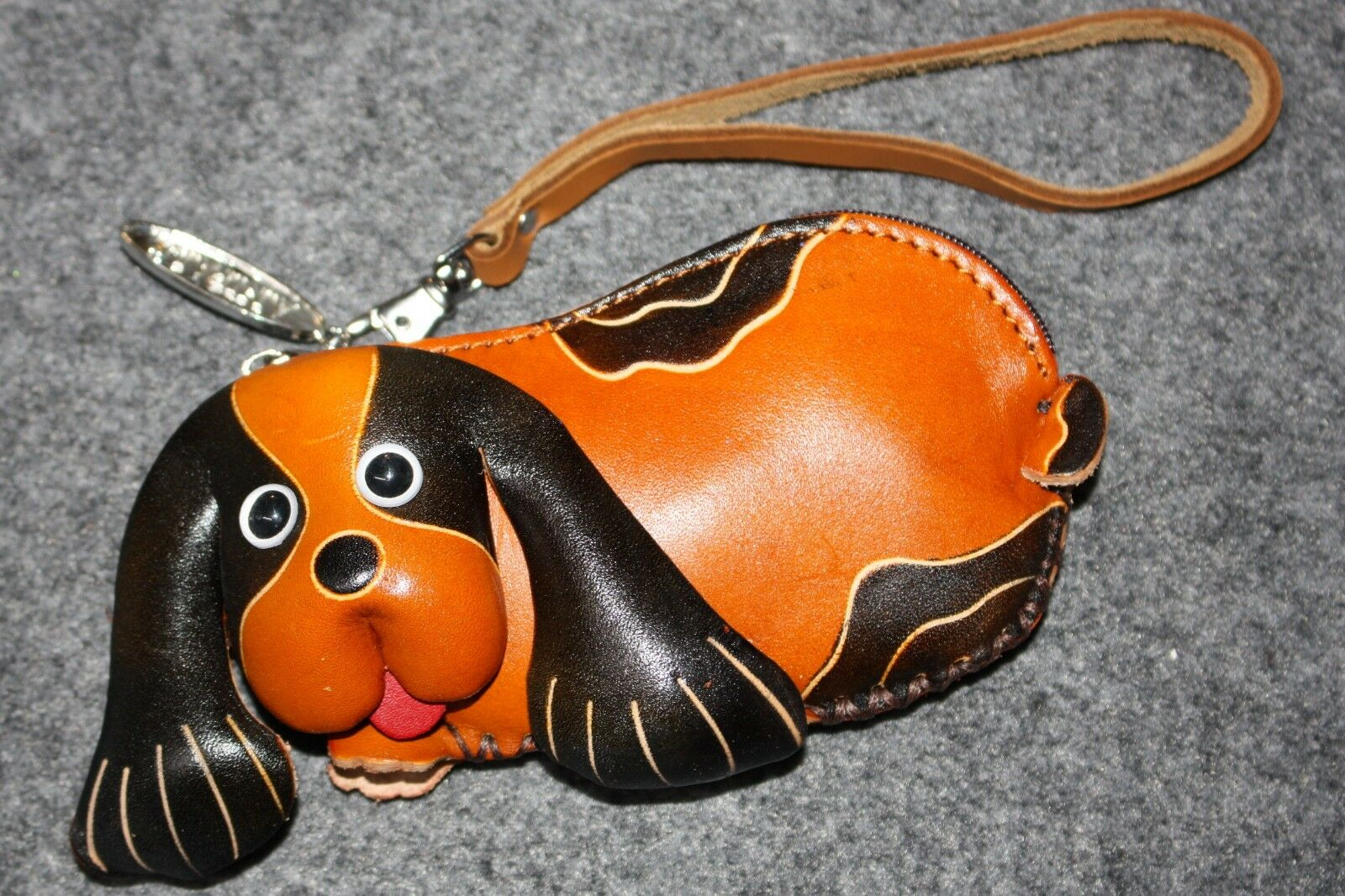 Anipals Leather Puppy Dog Zipper Coin Change Purse Wallet Wristlet Brown