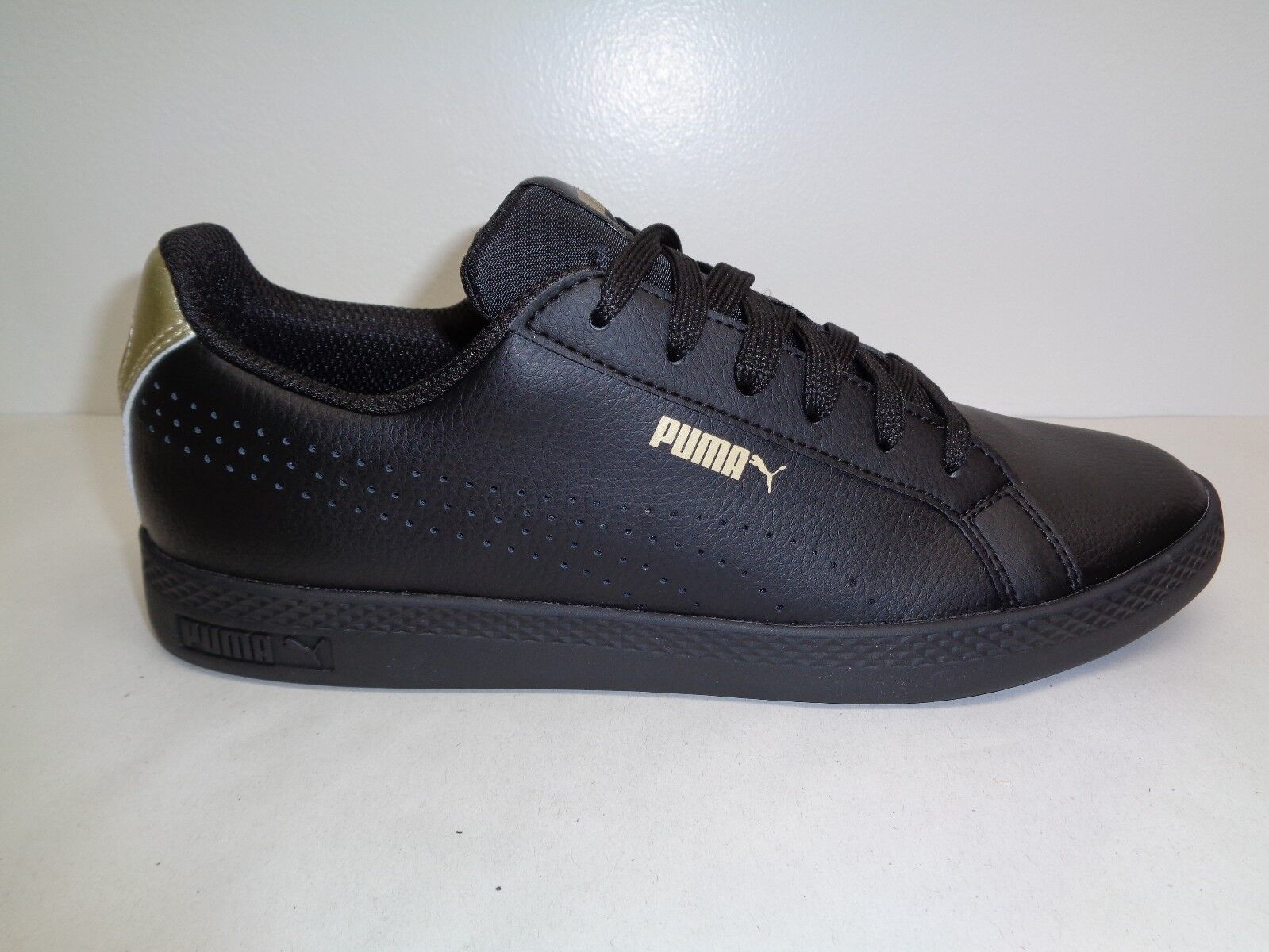 Puma Size 10 10 10 SMASH PERFORATED METALLIC Black Leather Sneakers New Womens shoes c1cea3