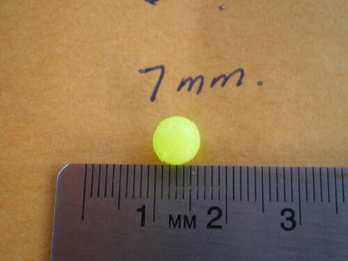 lumière douce Plastique Leurre Perles-Chartreuse//Orange 100 chaque .052 Trous 7 mm 200 Pièces