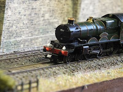 Graham Farish 372-032 Castle Class 5070 Sir Daniel Gooch BR Lined Grn Late Crest