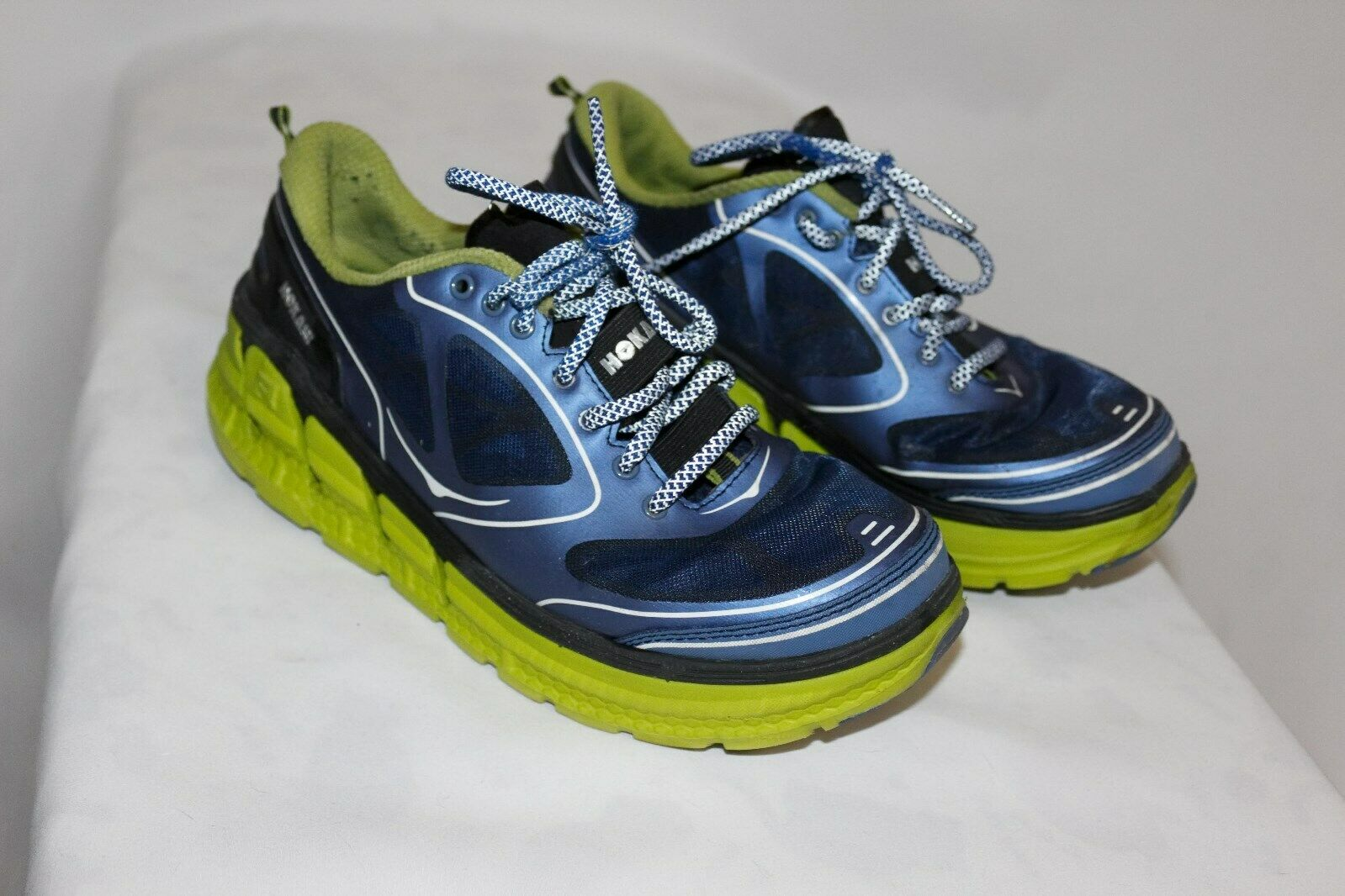 Womens HOKA ONE ONE Conquest Running shoes  US 9.5-10 bluee