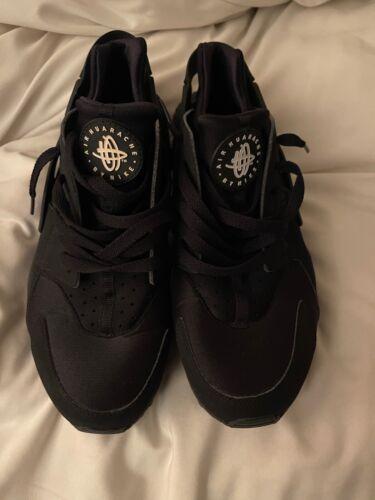 Men's Nike Air Huaraches Size 10 Black