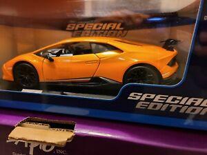 Lamborghini Huracan Performante Orange 1:18 Model Car Maisto Special Edition