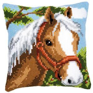 Pony With Red Bridle Chunky Cross Stitch Cushion Front Kit 40x40cm Vervaco - Melksham, Wilts, United Kingdom - Pony With Red Bridle Chunky Cross Stitch Cushion Front Kit 40x40cm Vervaco - Melksham, Wilts, United Kingdom