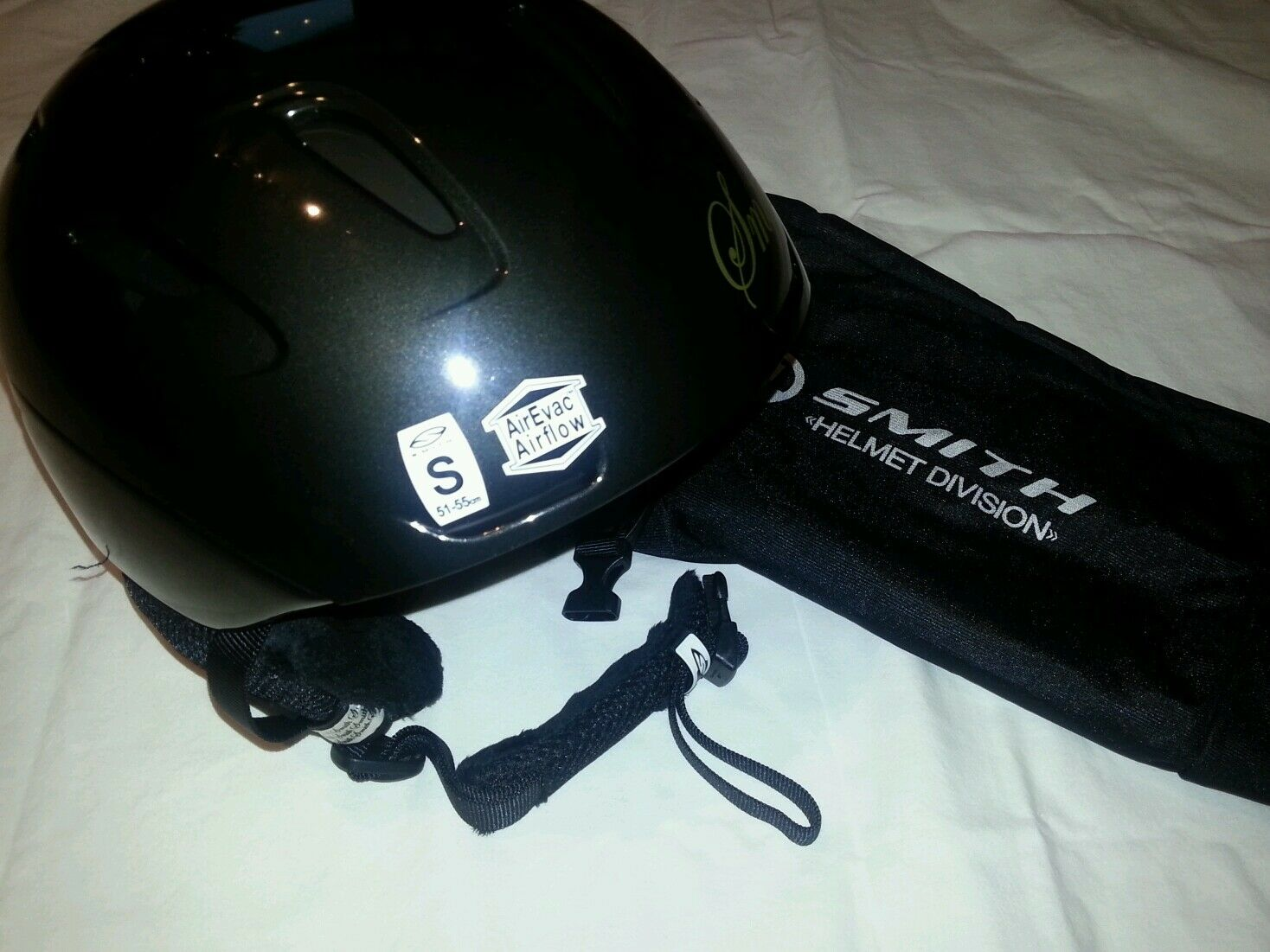 SKIHELM SNOWBOARDHELM NEU    GR. S/ SMITH DIVISION HELMET DIVISION SMITH INTRIGE 503841