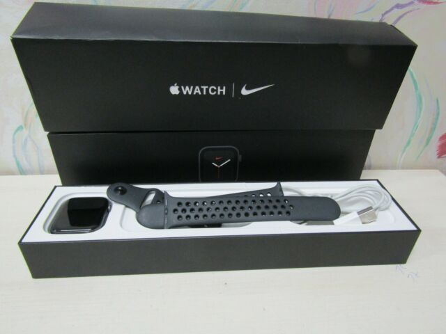 Reloj de Apple serie 5 Nike 44mm Gris Espacial Caja de aluminio con Antracita/Negro..