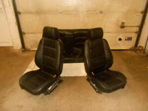 Sitz-Sitzgarnitur-Fahrersitz-Beifahrersitz-Ruecksitzbank-BMW-E36-Limousine-Leder