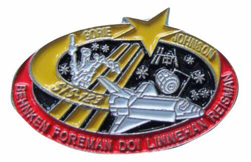 PIN enamel vtg NASA Space Shuttle STS-123 ENDEAVOUR Behnken Foreman Doi Linnehan