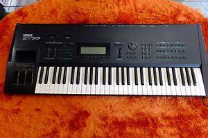 Details about Yamaha SY77 Vintage Synthesizer Keyboard 170801