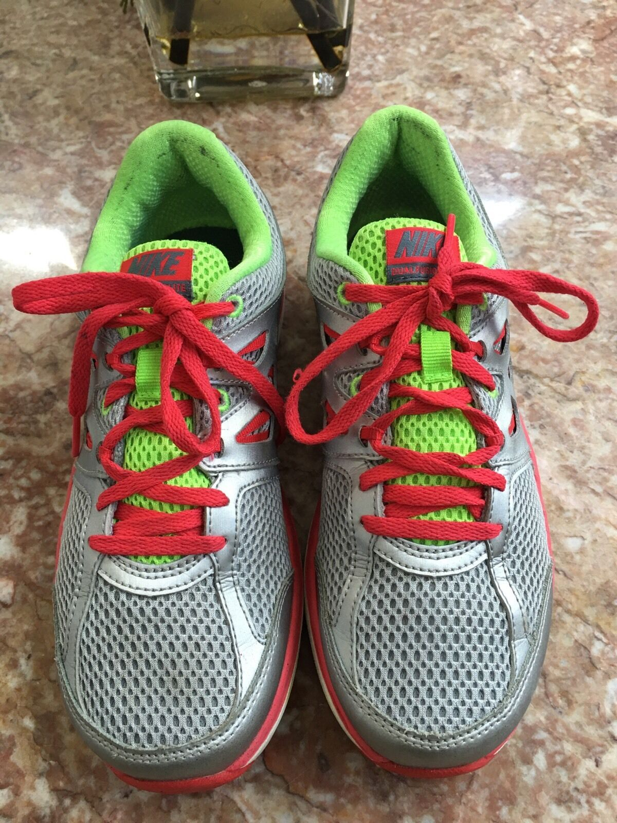 Womens Nike Lite Dual Fusion Lite Nike Running Shoes Silver SZ 7 EUC f94b74