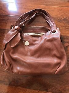 Leather-Handbag-Innovare-Tan