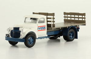 CHEVROLET-2TN-1946-ivess-camion-rare-Argentine-DIECAST-SCALE-1-43-Magazine