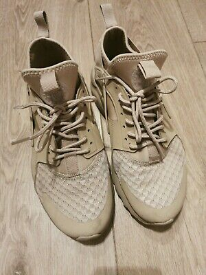 Nike HUARACHES trainers Ladies Size 6