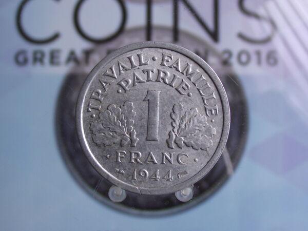 0027 F France Franc 1944