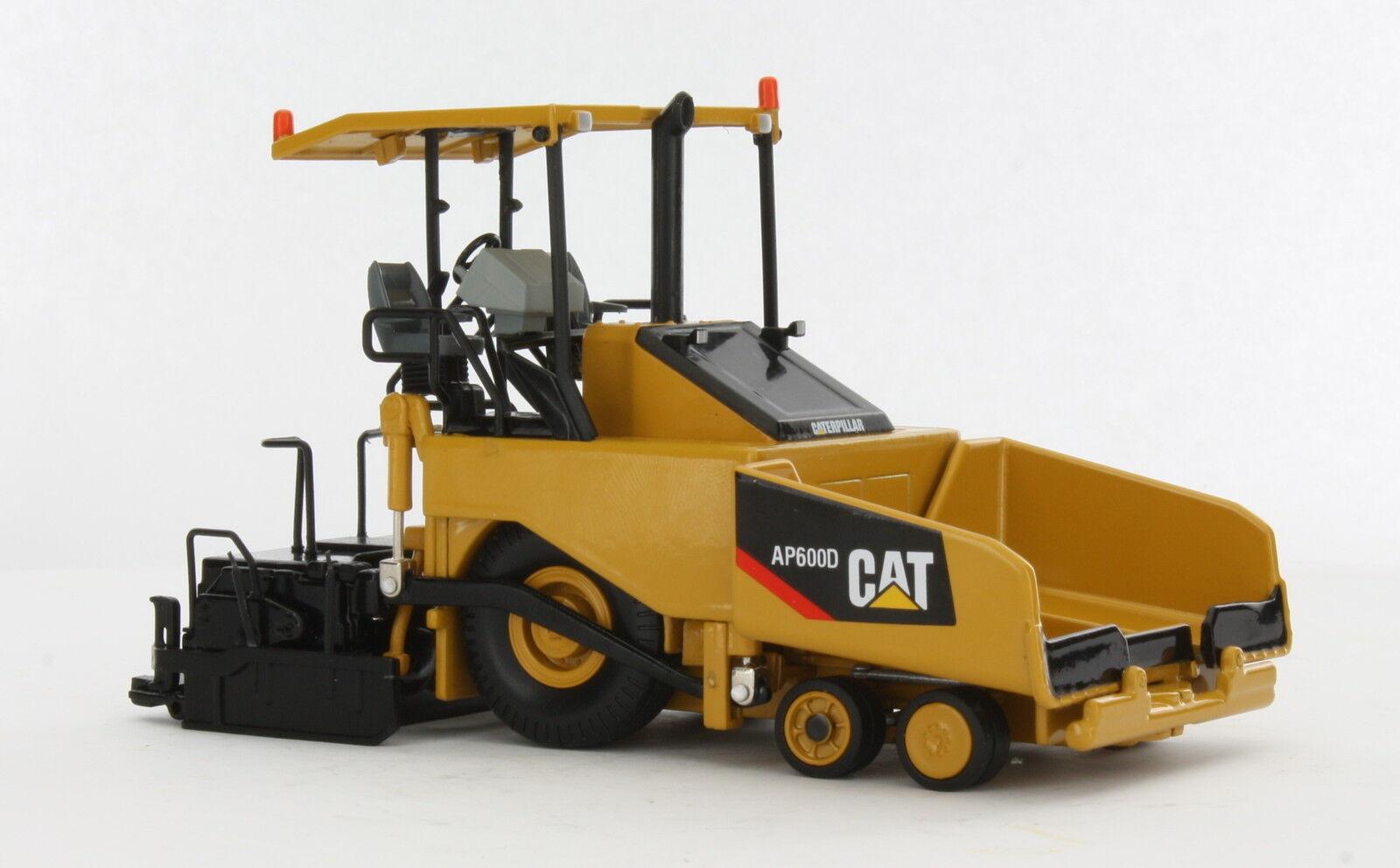 Envío 100% gratuito Escala 1 50 Caterpillar Cat AP600D Asfalto Pavimentación Pavimentación Pavimentación réplica diecast Norscot 55260  descuento