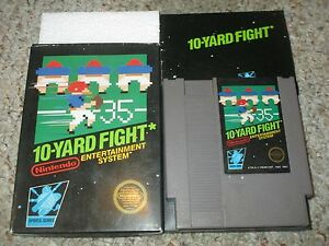 10-Yard-Fight-Nintendo-Entertainment-System-NES-1985-Complete-in-Box-GOOD