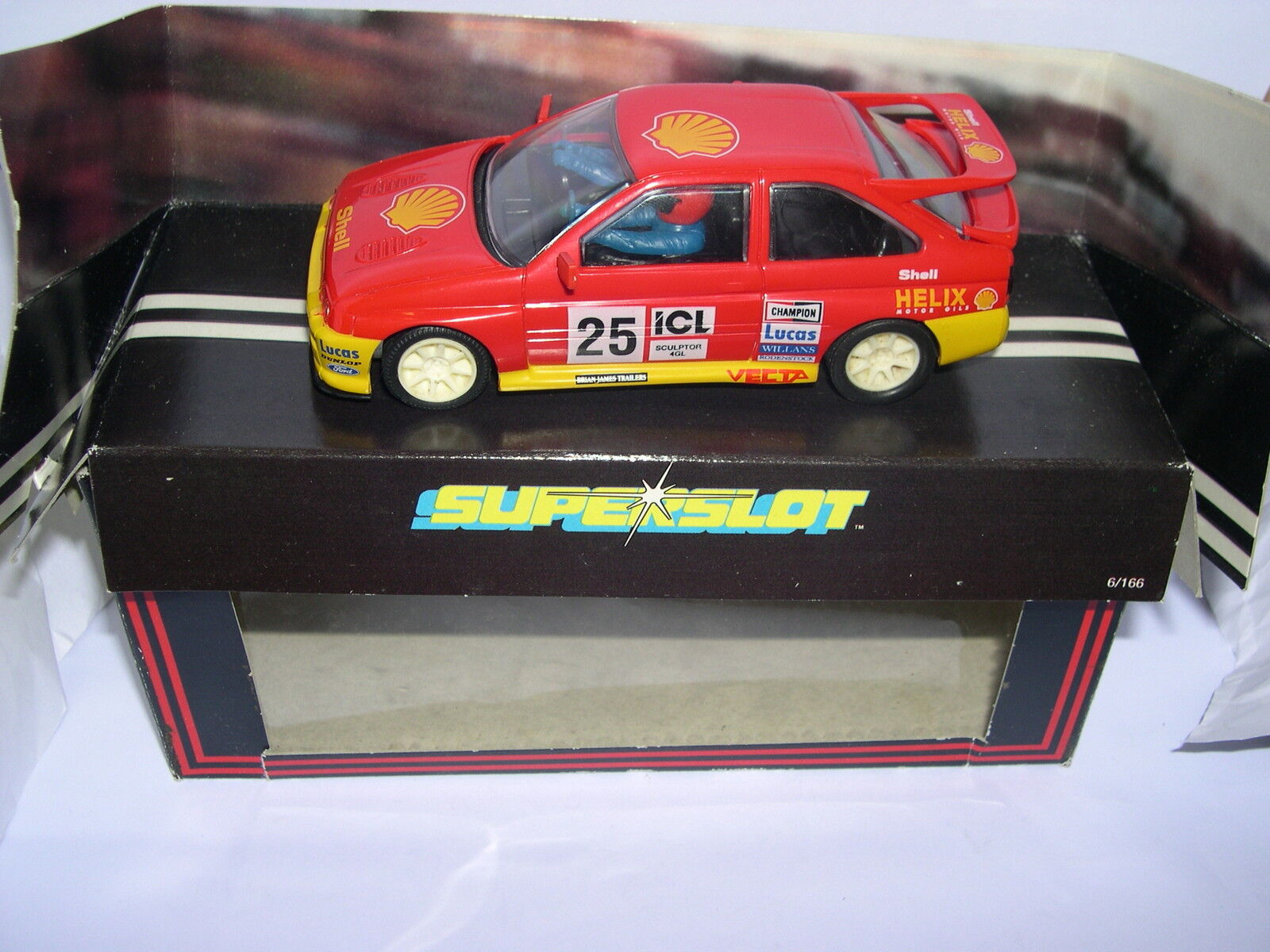 SUPERSLOT H324 FORD ESCORT COSWORTH SHELL HELIX SCALEXTRIC UK MB
