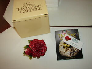 1-HARMONY-KINGDOM-Lord-Byron-039-s-Harmony-Garden-Carnation-Edit-1-New-In-Box