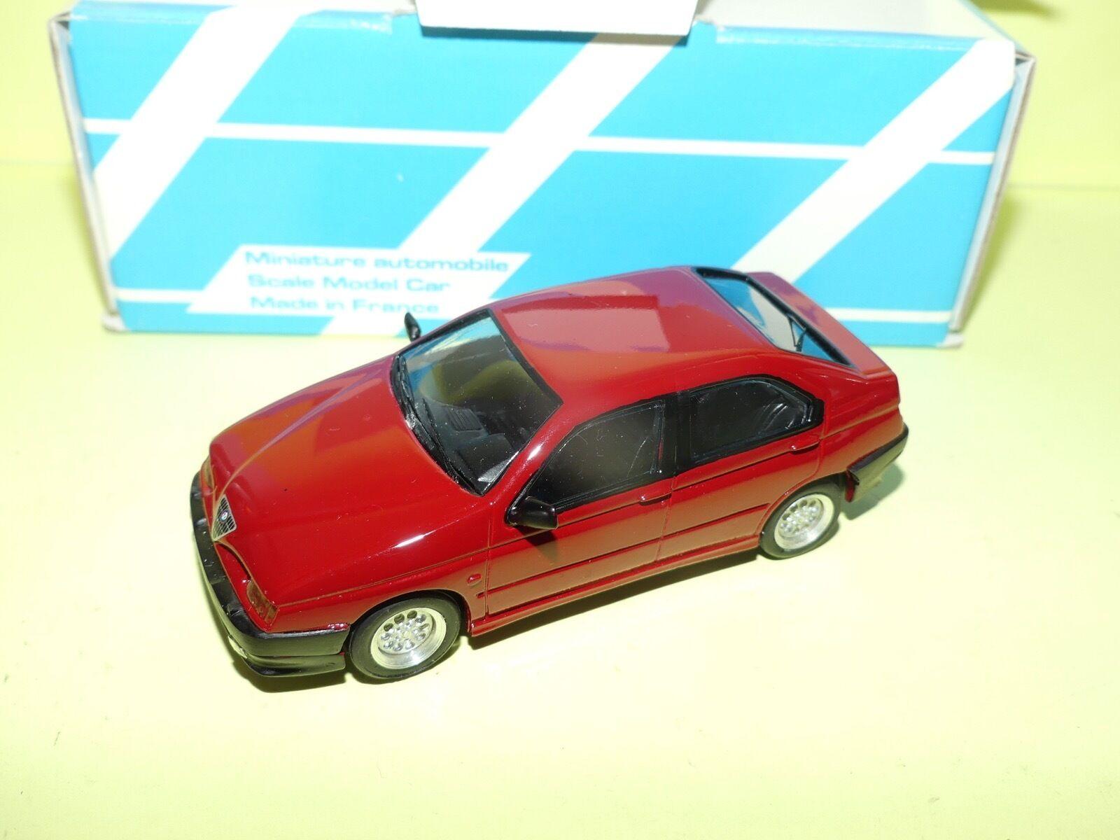 ALFA ROMEO 146 1,7L 16V 1995 Rouge KIT Monté ALEZAN 1 43