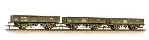 Bachmann OO 38-105 - Triple Pack PNA Rib Wagons - Railtrack Weatherosso