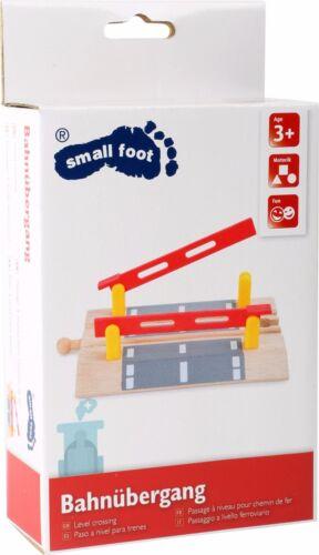 Small Foot World Passaggio a livello per ferrovie legno 10268 Level Crossing