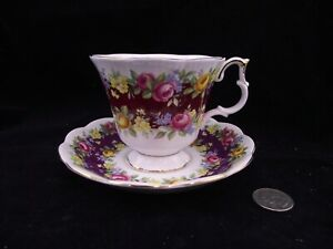 ROYAL-ALBERT-ELEGANCE-SERIES-CABINET-TEA-CUP-AND-SAUCER