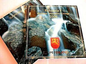 BEAU COFFRET OFFICIEL BU FINLANDE 2004 / 8 PIECES + UNE MEDAILLE