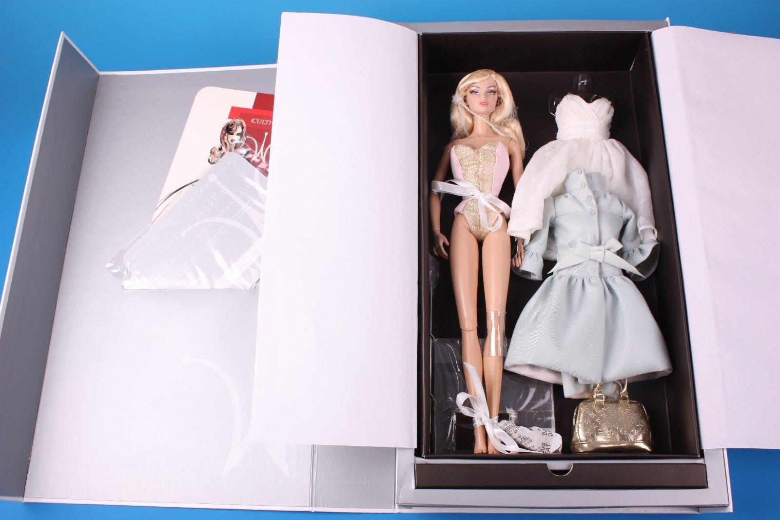 Fashion Royalty Dressed doll  W-CLUB Exclusive IN BLOOM Vanessa Perrin MIB
