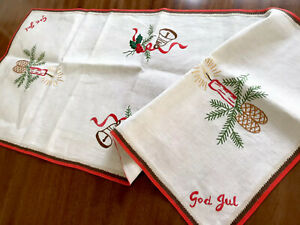 VINTAGE-HAND-EMBROIDERED-Xmas-God-Jul-Natural-LINEN-TABLE-Runner-Cloth-35x16