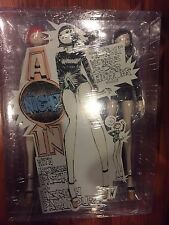 3A THREEA Ashley Wood 1/6 A QUITE NIGHT IN 3AA EXCLUSIVE ISOBELLE PASCHA SEALED