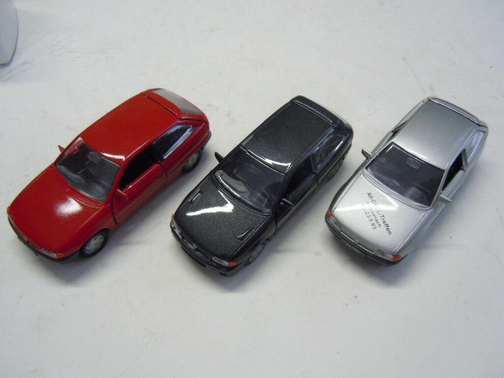 Drei rare Opel Astra F Modelle von Gama in 1 43  neu
