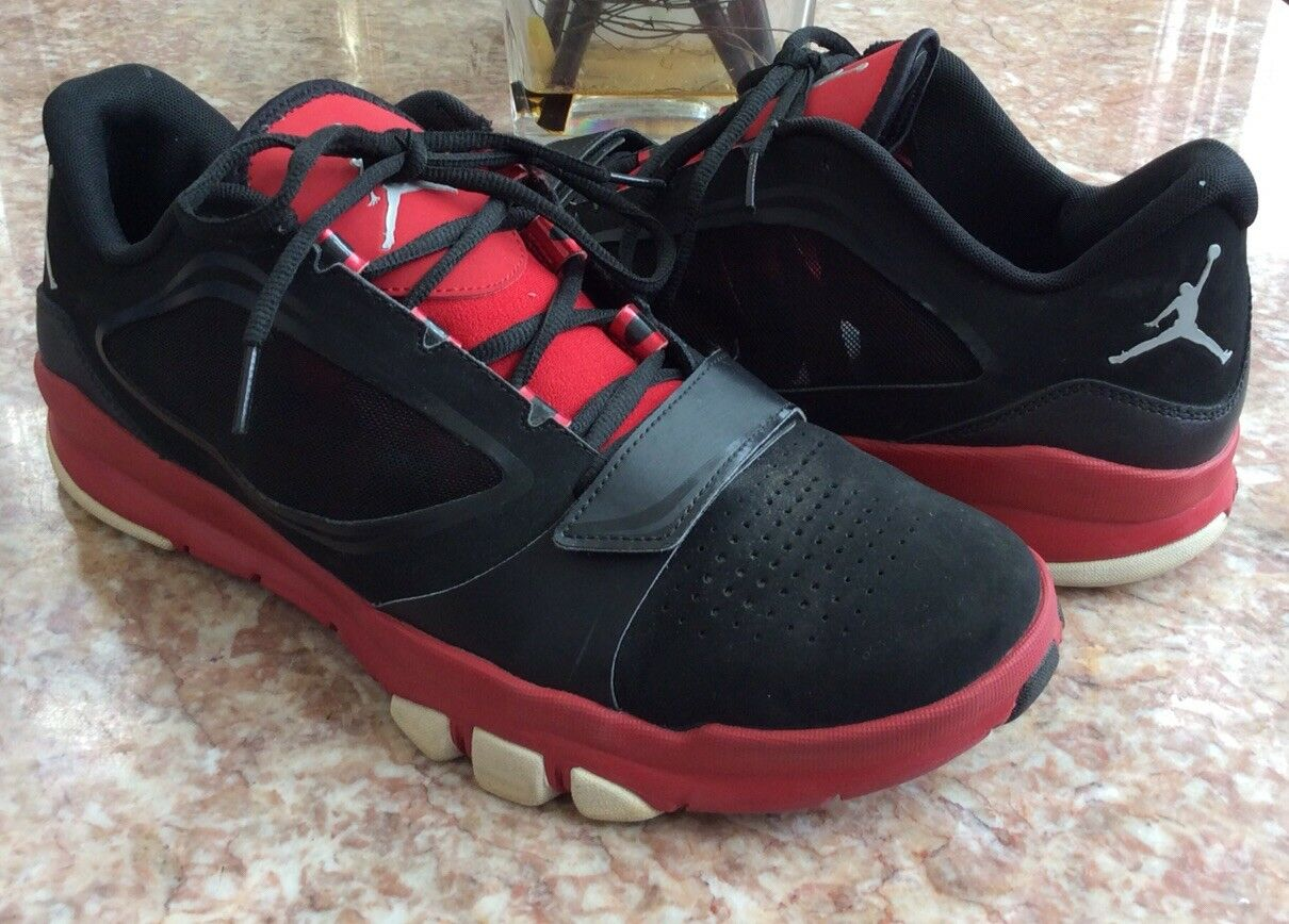 Nike Jordan Trunner Dominate Flex, Black   Gym Red shoes Size 13 EUC