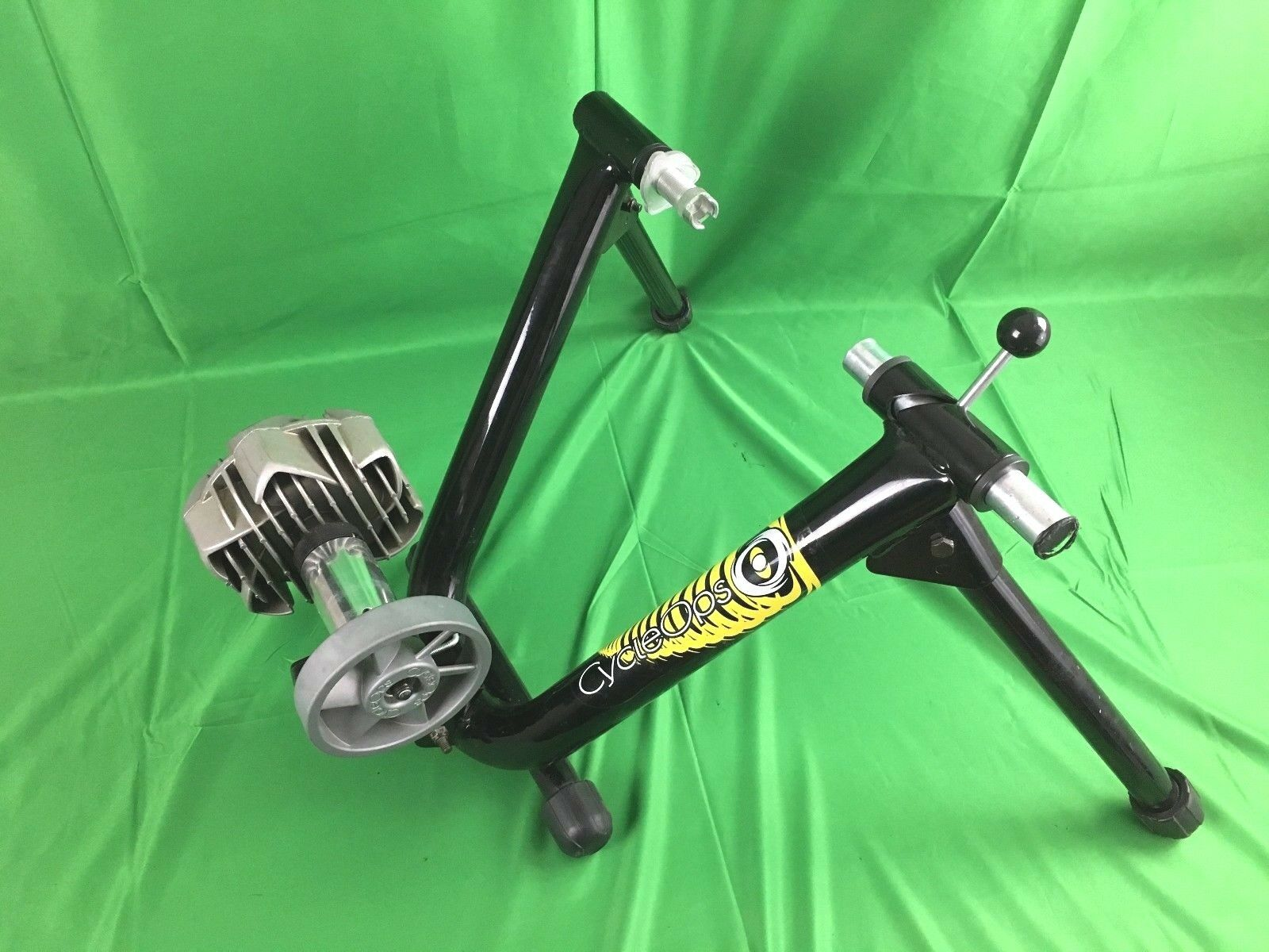 CycleOps Bike Trainer (Indoors) Cycle Ops (CB)