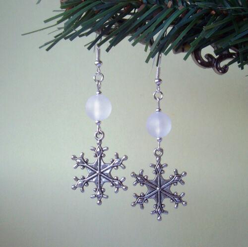 Precioso Invierno Copo De Nieve Grande Esmerilado DEL GRANO PENDIENTES-Navidad Yule Noel