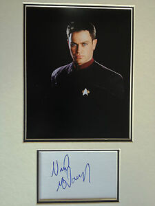 NEAL-McDONOUGH-STAR-TREK-ACTOR-STUNNING-SIGNED-COLOUR-PHOTO-DISPLAY