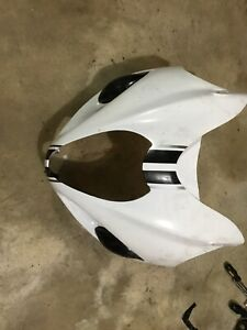 99-07-HAYABUSA-FRONT-NOSE-FAIRING-IN-WHITE-WITH-SMOKED-TURN-SIGNALS