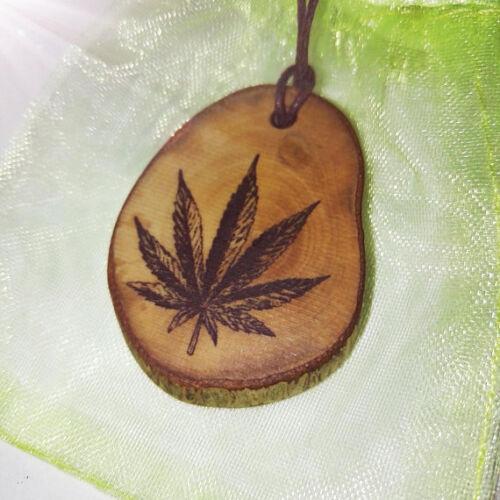 Cannabis marihuana leaf collar hecho a mano Eco Grabado encanto pendiente de madera