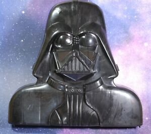 VINTAGE Star Wars COMPLETE DARTH VADER ACTION FIGURE CASE KENNER