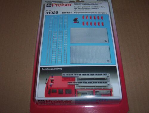 Riffelblechplatten Preiser 31026 Überdrucklüfter Feuerlöscher Leitern