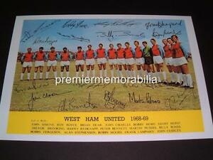 WEST-HAM-UNITED-FC-1968-69-BOBBY-MOORE-GEOFF-HURST-amp-BROOKING-SIGNED-PRINTED