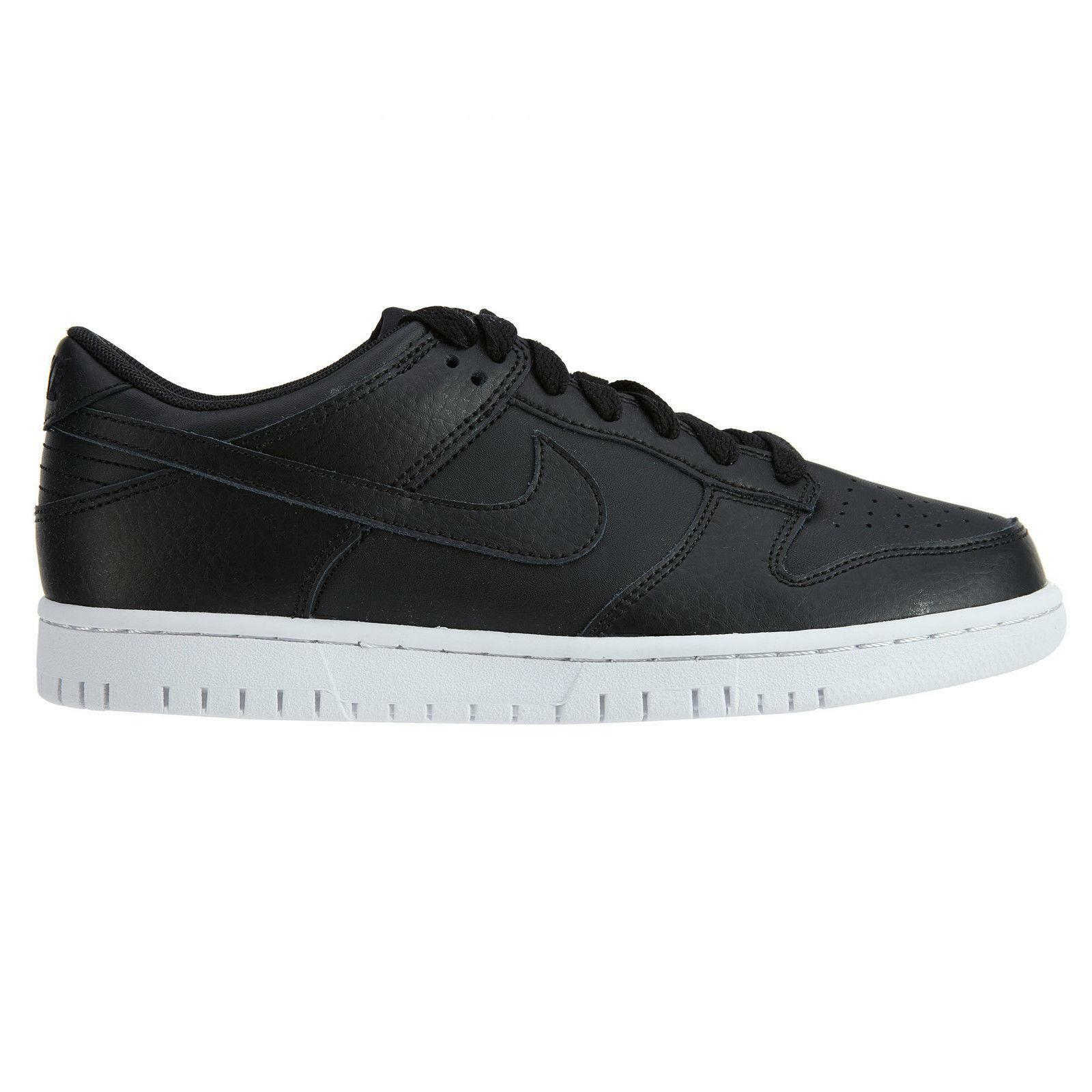 Mens NIKE DUNK LOW Black Leather Trainers