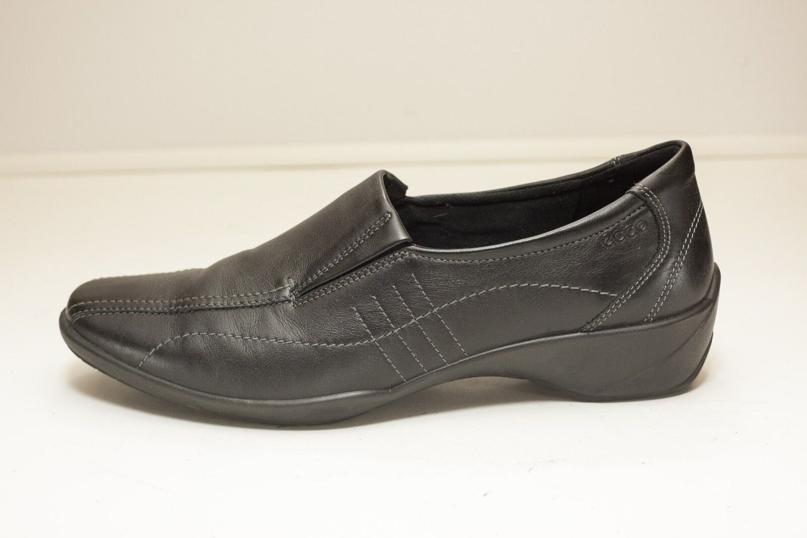 ECCO US 10 10 10 to 10.5 Black Slip On Loafers Women's EU 41 7b442d