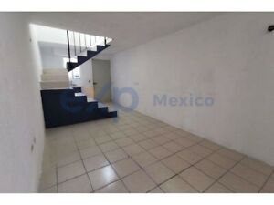 Casa habitacion de 1 recamara en VILLAS DE SANTA ANA