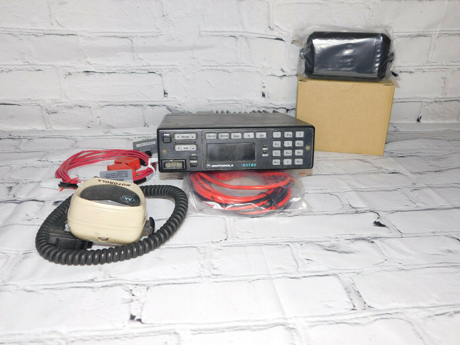 Motorola VHF Astro spectra W7 P25 Digital Mobile radio W/ AES/DES Encryption . Buy it now for 195.00