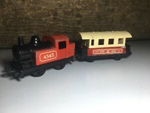 Matchbox-Superfast-Lesney-Zug-Train-Lok-Eisenbahn-Nr-43-amp-44-Anhaenger-Railway