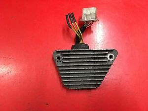 Spannungsregler-Gleichrichter-Regulator-Spanningsregelaar-Honda-VT-500-SH556-12