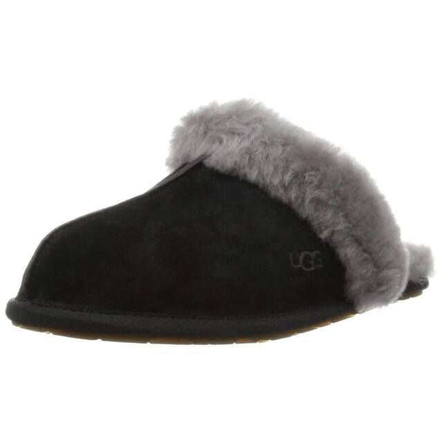 72be0f3581a Authentic UGG Australia Uggs Black Grey Womens Scuffette II Slippers 5661  Size 6