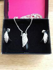 AVON 'NRT' Black Drop Jewel Encrusted Silver Pendant Necklace & Earring Set BNWB