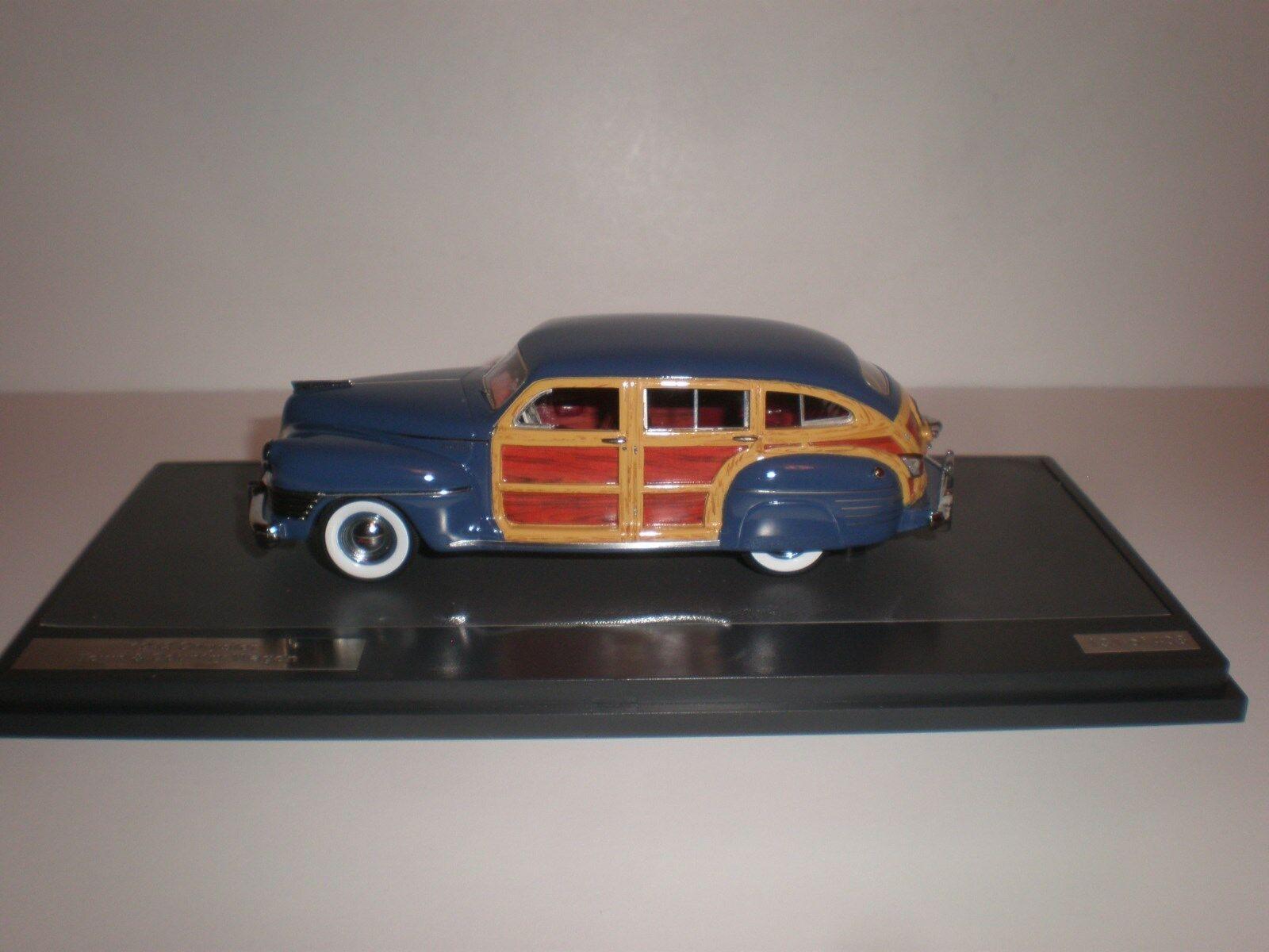 Venta en línea de descuento de fábrica Matriz Matriz Matriz de 1 43 1942 Chrysler Town & Country Vagón Azul 20303-071  servicio de primera clase