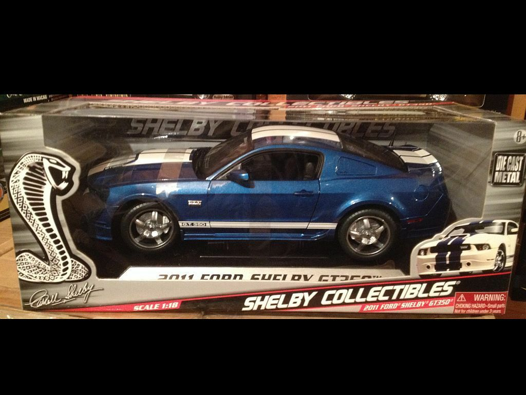 2011 SHELBY MUSTANG GT350 bleu 1 18 SHELBY Collectibles 11833